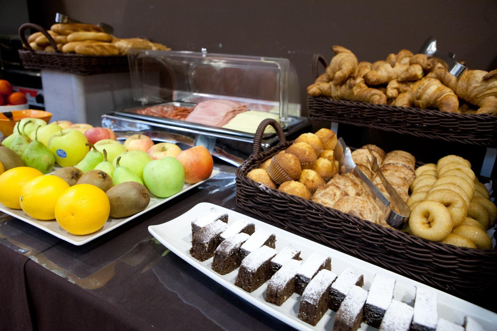 Hotel SB Express Tarragona buffet